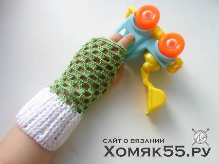 Мастер-класс по вязанию детских ажурных митенок