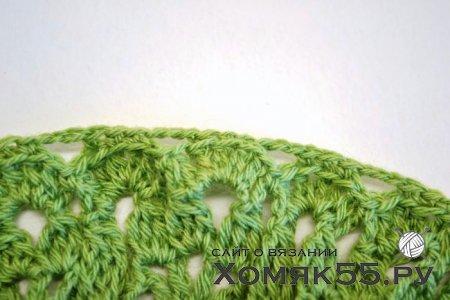 Зеленая шапочка для девочки крючком