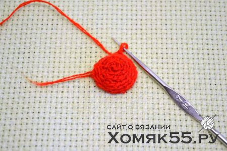 Клубничка вязаная крючком