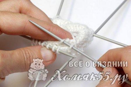 Носочки для новорожденного спицами